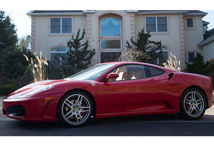 INSOLITE – Une ex-Ferrari 430 de Trump à vendre #1