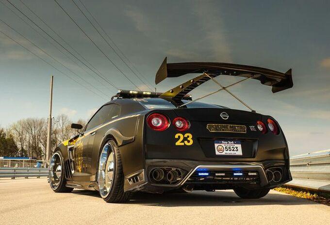 Nissan GT-R gaat schurken achterna als Copzilla #1