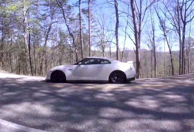 INSOLITE – Nissan GT-R : 3000 km et à la casse ! #1
