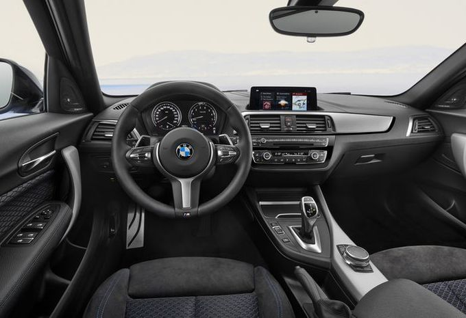 Facelift bmw s rie 1 restylage int rieur moniteur for Bmw serie 8 interieur