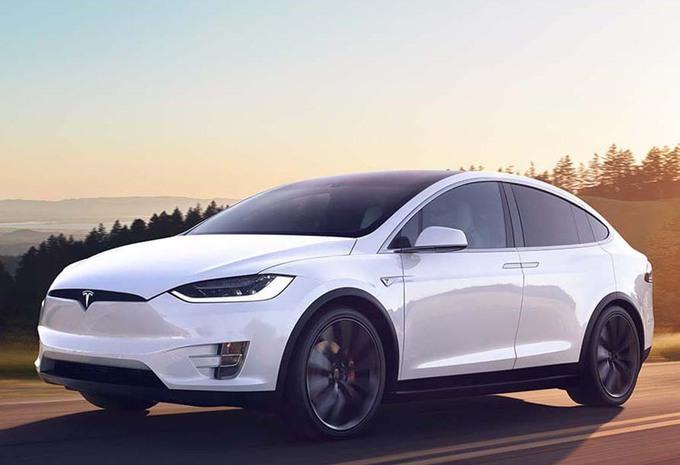 Tesla Model X : le SUV le plus sûr du marché #1