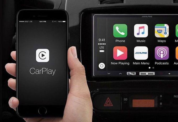 apple carplay en android auto zonder kabel autogids. Black Bedroom Furniture Sets. Home Design Ideas