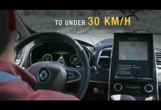 Renault teste les péages et les travaux — Innovation / Voiture autonome
