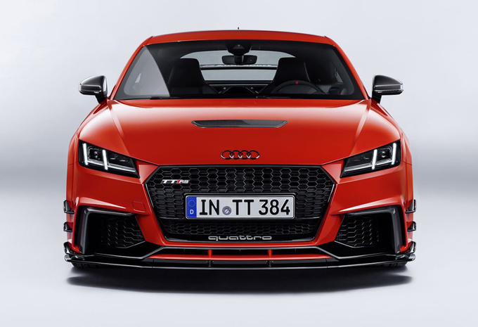 audi-sport​-performan​ce-parts-0​2