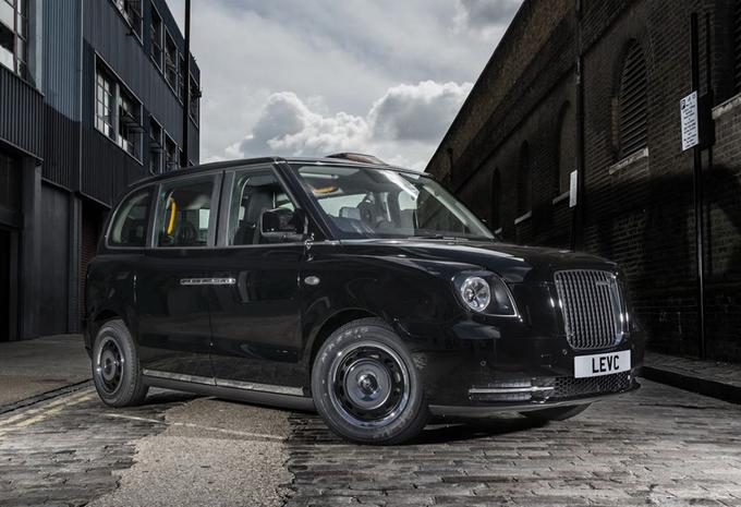 Londense taxi ruilt diesel voor elektriciteit #2
