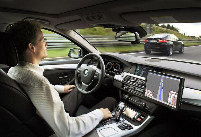 Voiture autonome : faux procès d'accident #1