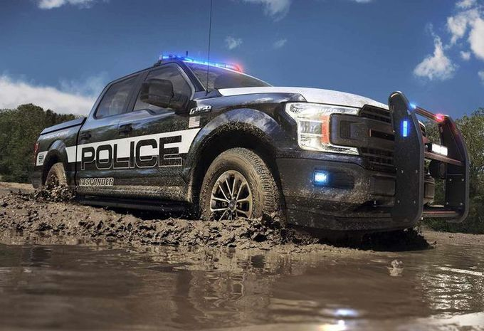 ford f 150 police responder pick up policier moniteur automobile. Black Bedroom Furniture Sets. Home Design Ideas