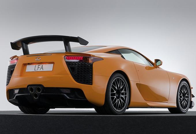 Koop een gloednieuwe Lexus LFA #2