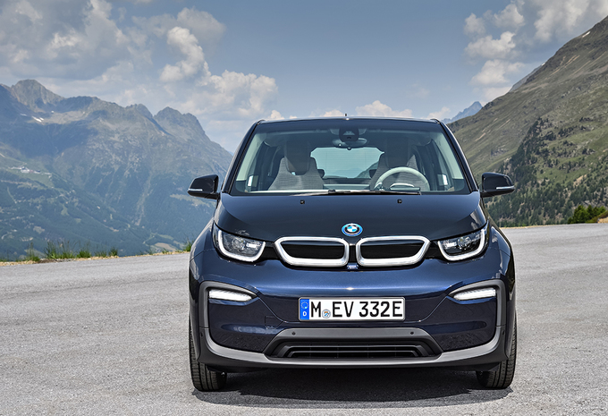 nouveau mod le bmw i3 2018 une version sportive moniteur automobile. Black Bedroom Furniture Sets. Home Design Ideas