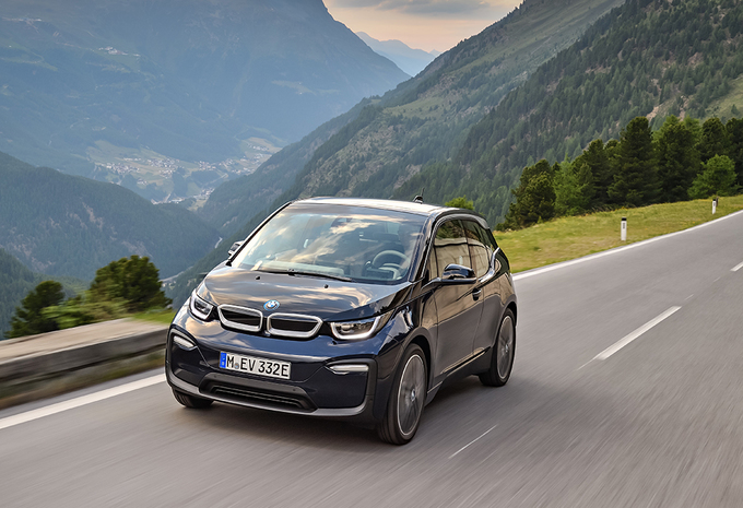 bmw i3 2018 une version sportive moniteur automobile. Black Bedroom Furniture Sets. Home Design Ideas