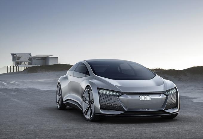 Audi Aicon Concept mist stuur en pedalen #1