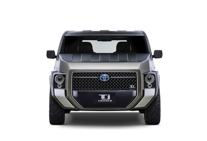 Toyota Tj Cruiser wil tegelijk SUV, bestelwagen en minibus zijn #1