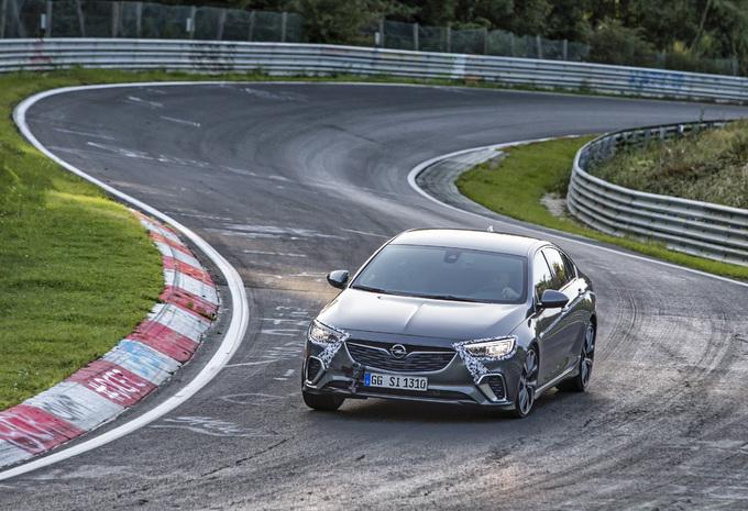 Opel Insignia GSi is rapper dan krachtigere OPC - VIDEO #1
