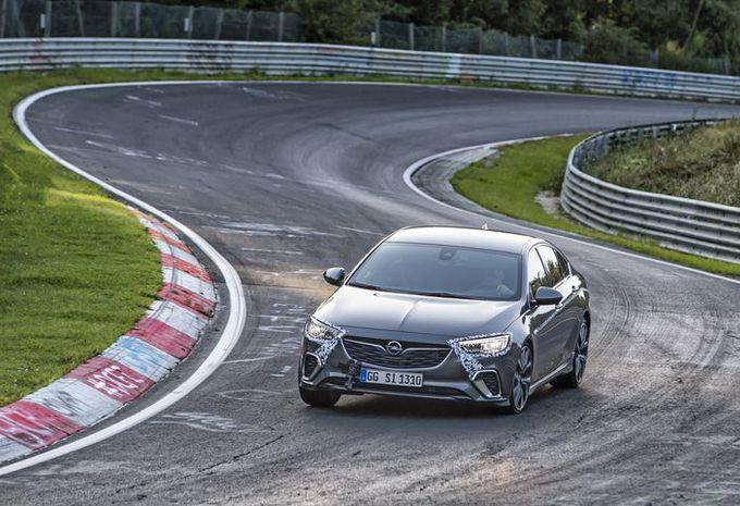Opel Insignia GSi : en démo sur le Nürburgring #1