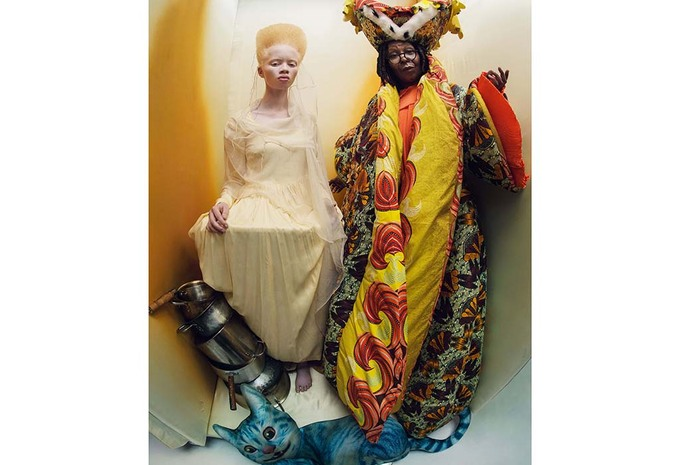 photos calendrier pirelli 2018 d voil tim walker interview tous les d tails du shooting. Black Bedroom Furniture Sets. Home Design Ideas
