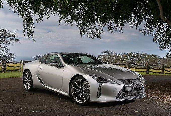 Le design de Lexus fait réagir les clients #1