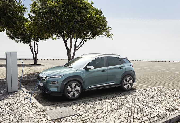 hyundai kona electric 470 km d 39 autonomie moniteur automobile. Black Bedroom Furniture Sets. Home Design Ideas