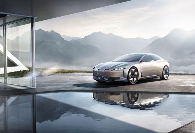 GimsSwiss - BMW i4 : feu vert pour une berline électrique  #1