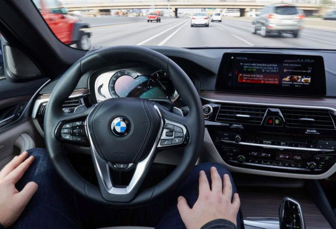 La voiture autonome fait le « dos rond » #1