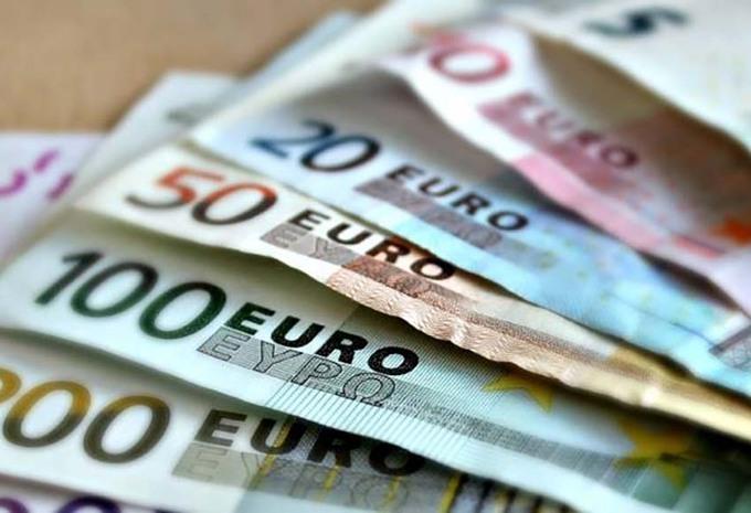 Europe : 413 milliards € de recettes en taxes automobiles chaque année ! #1