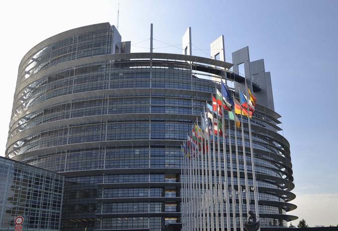[Bonus/Malus] Emissions de CO2... - Page 11 Parlement-europa