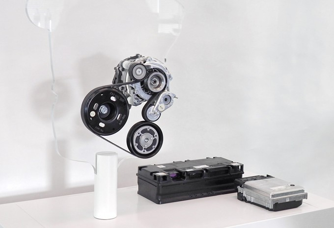 Une solution hybride « douce » pour la VW Golf VIII #1