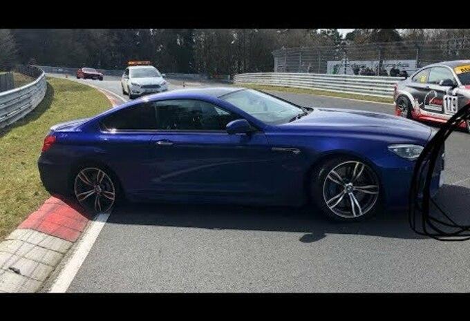 Une BMW M6 perd son pneu sur le Ring #1