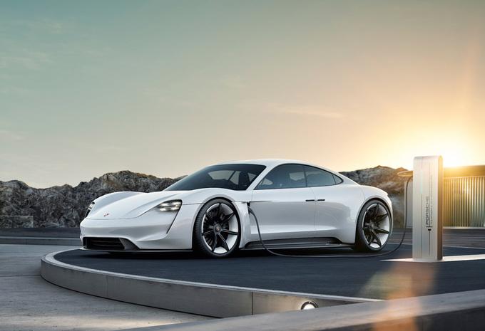 Porsche Taycan geeft technische gegevens prijs #1