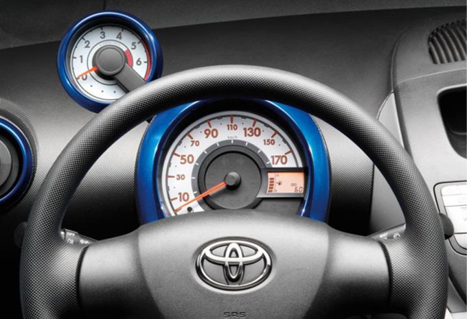 Toyota Aygo Blue #1