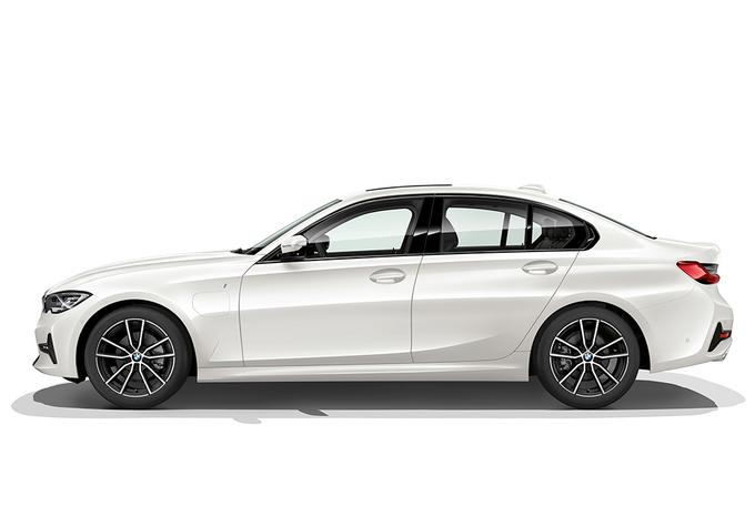 BMW 330e : Et maintenant en hybride rechargeable ! #1