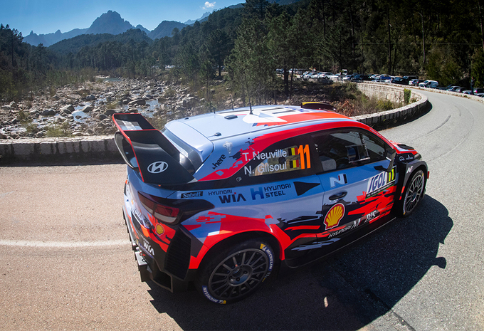 Thierry Neuville derde na openingsdag rally van Corsica #1