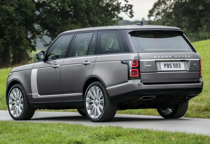 De grote Range Rover krijgt nu ook een zes-in-lijn #1