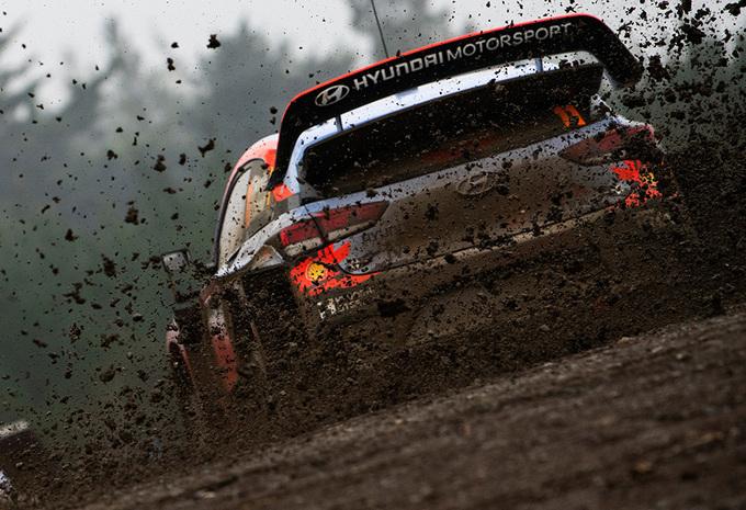 Thierry Neuville valt terug naar derde plaats na crash in rally van Chili #1