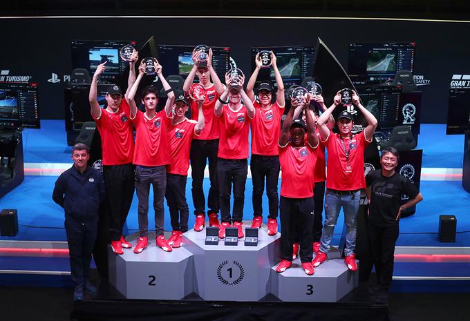 Gran Turismo: Toyota pakt constructeurstitel op de Nürburgring #1