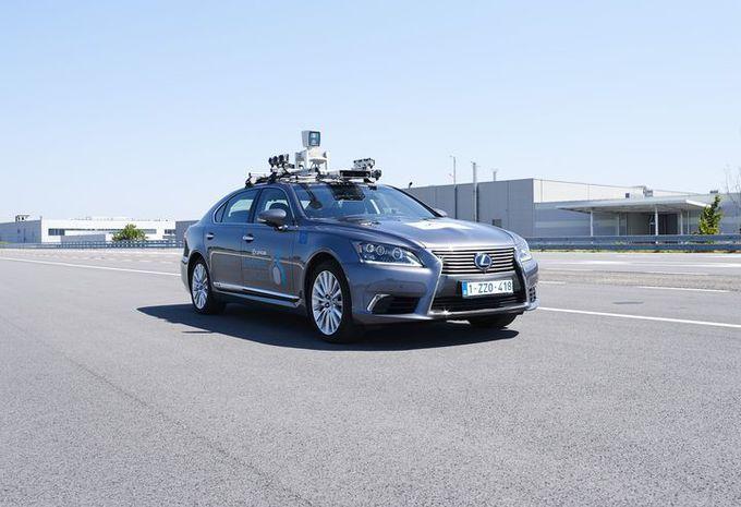 Une Lexus autonome à Bruxelles #1