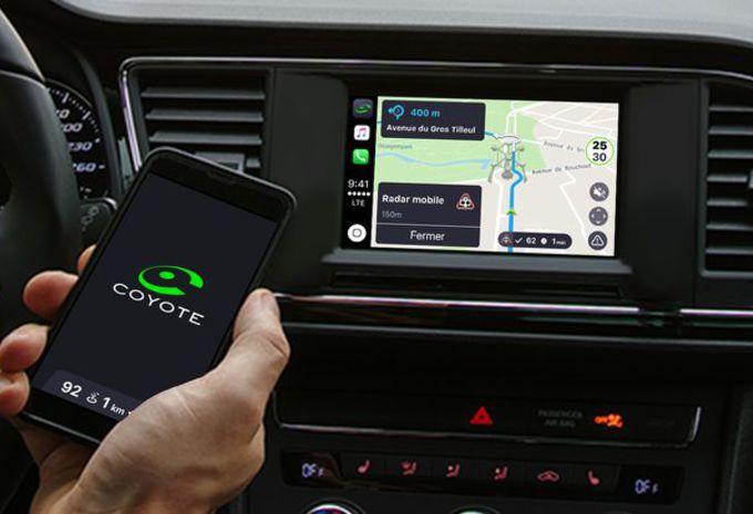 Coyote compatible avec Apple CarPlay et MirrorLink #1