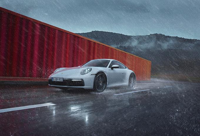 Porsche 911 Carrera : aussi avec 4 roues motrices #1