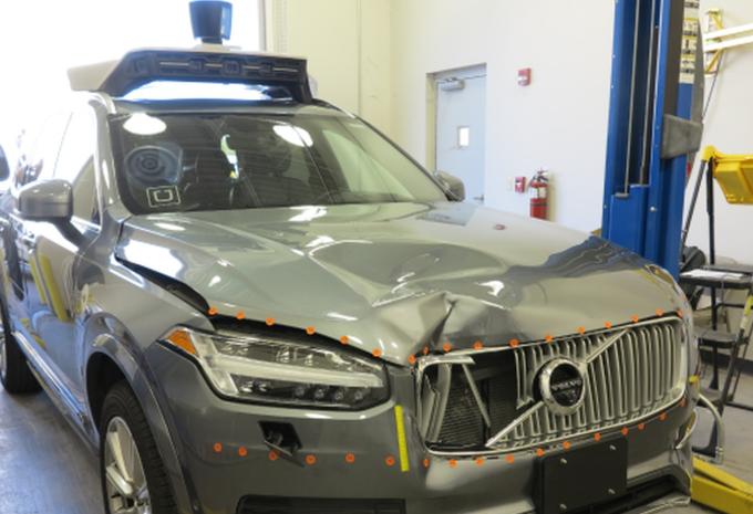 Voiture autonome Uber : piétonne non reconnue, car hors des clous #1