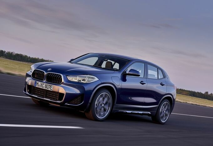 BMW X2 : en mode hybride rechargeable #1