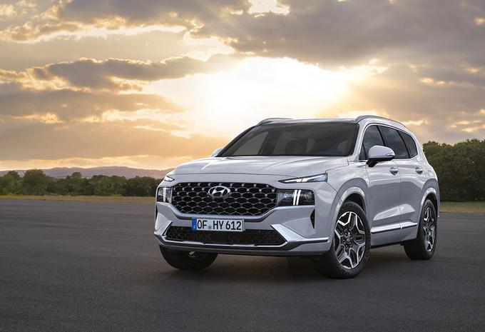 Hyundai Santa Fe : plus de luxe et des motorisations hybrides #1