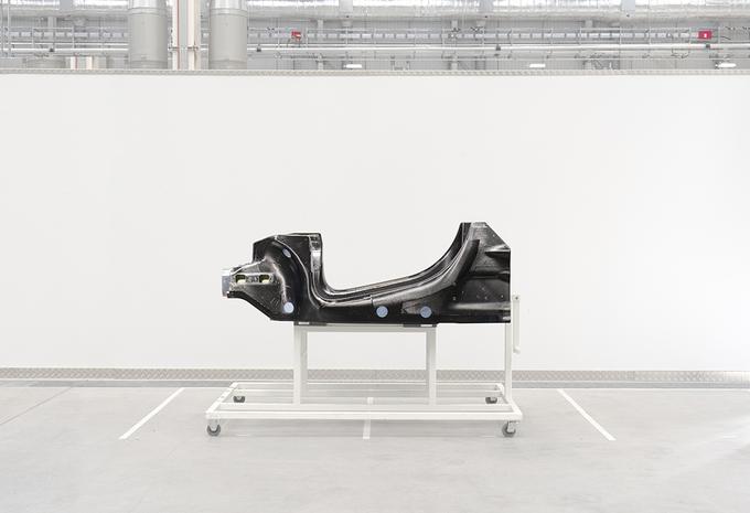 La base des supercars hybrides de McLaren #1