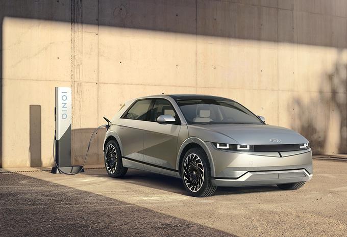 Officieel: elektrische Ioniq 5 is de VW ID.4 van Hyundai #1