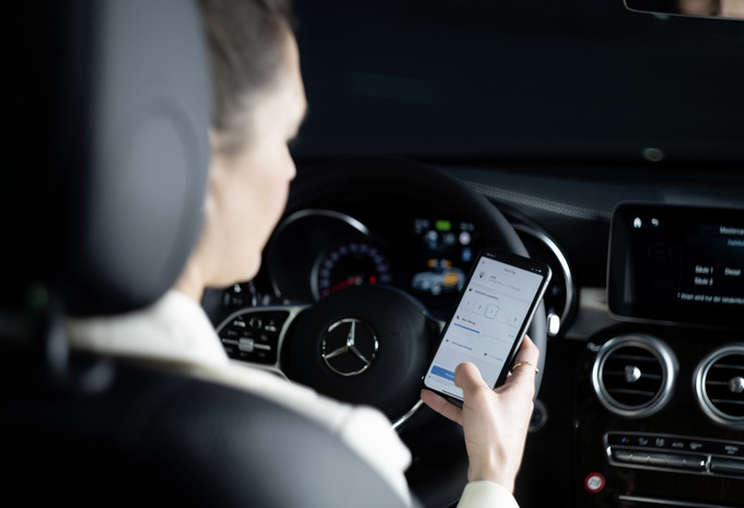 Mercedes « Fuel & Pay », payer son plein sans contact derrière le volant #1