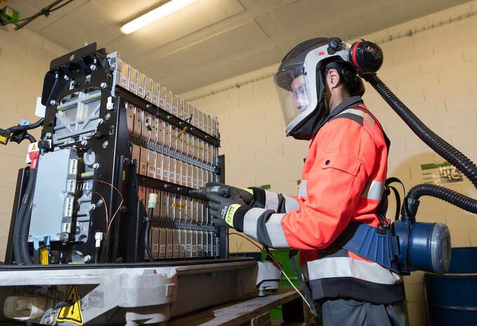 Renault, Veolia et Solvay associés pour le recyclage des métaux de batteries #1