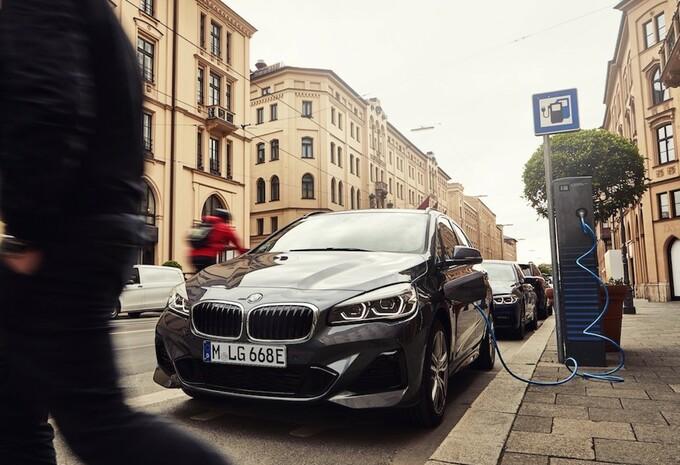 La durée de stationnement limitée pour les véhicules électriques #1