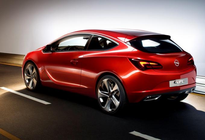 Opel GTC Paris #1