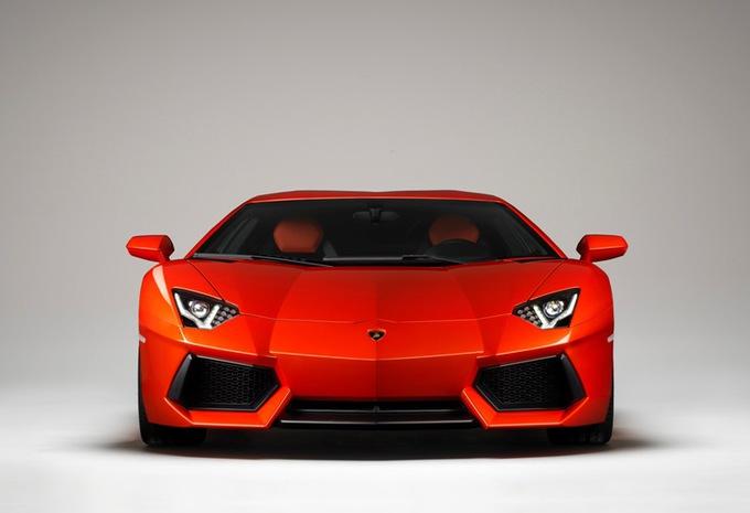 Lamborghini Aventador LP700-4 #1