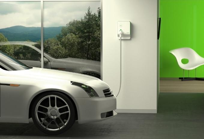 les bornes de recharge moniteur automobile. Black Bedroom Furniture Sets. Home Design Ideas