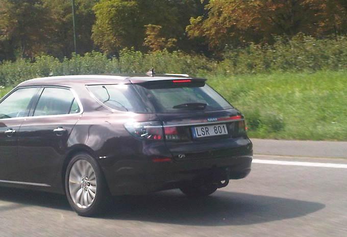 Saab 9-5 Estate surprise sur l'A12 #1