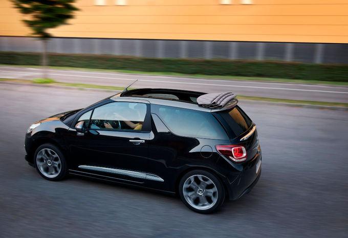 citro n ds3 cabrio moniteur automobile. Black Bedroom Furniture Sets. Home Design Ideas